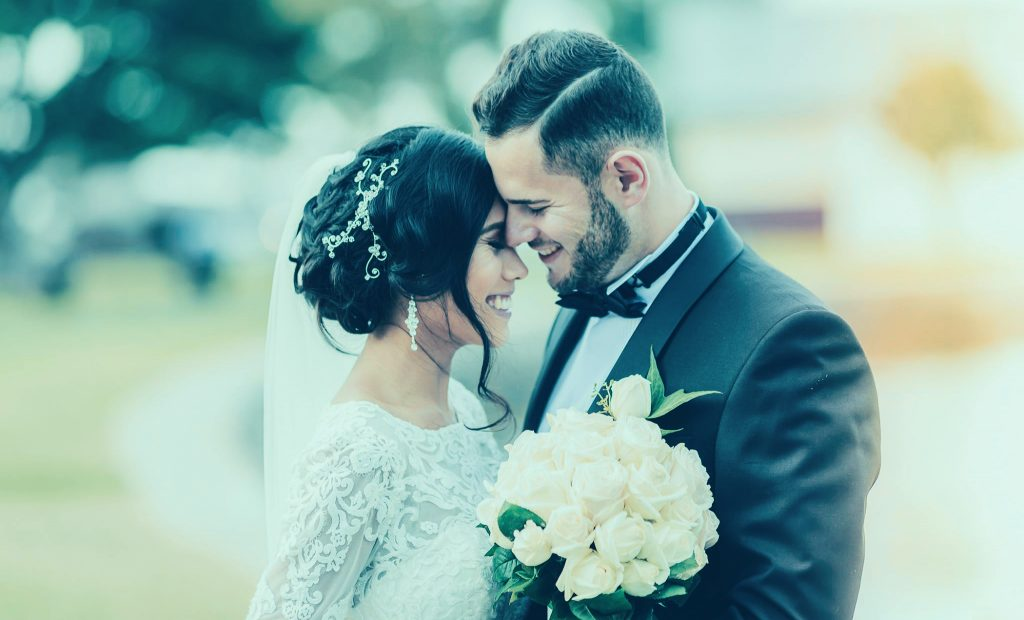 Color Wedding Photography Style