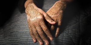 How mehndi plays an important role in an indian wedding