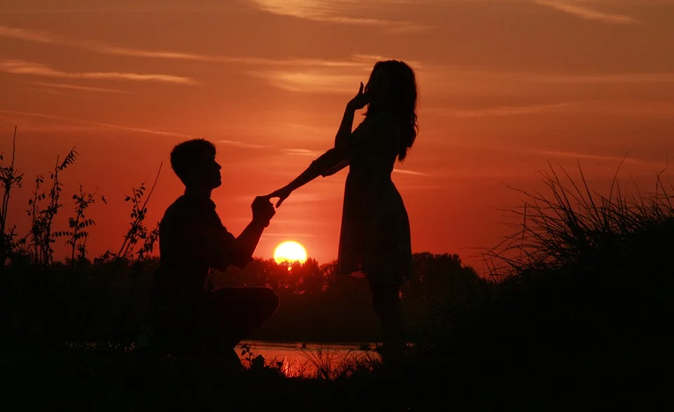 Propose with a beautiful sunset