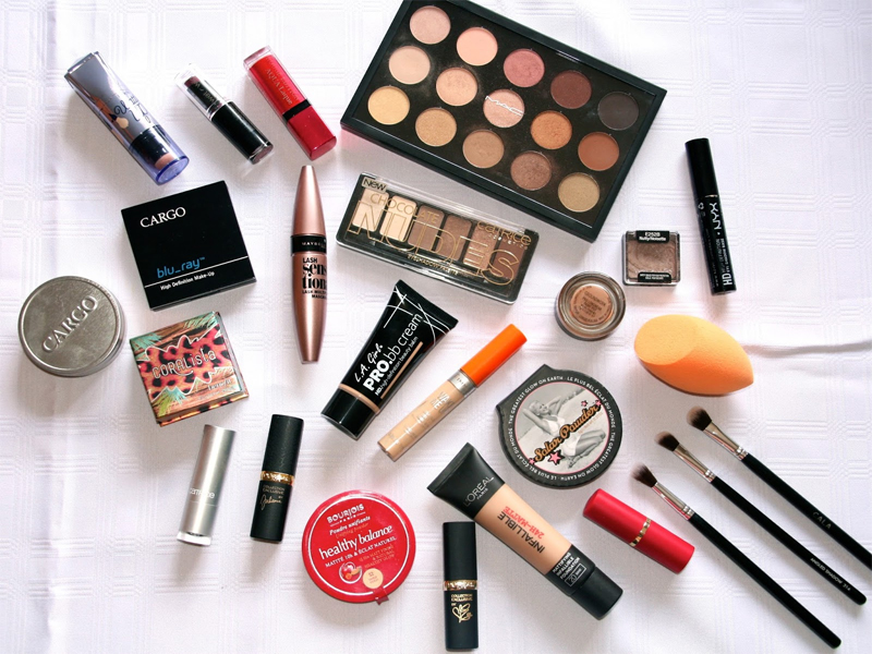 Bridal Make-up Items