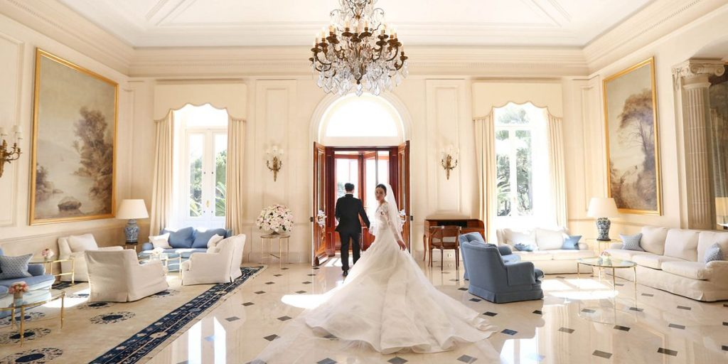 Unique international experience for your wedding guests