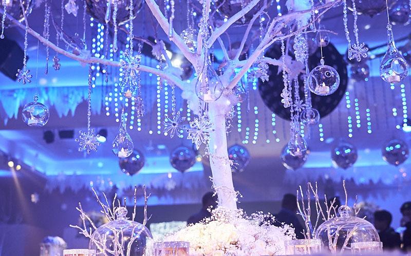 tree themed decor ideas in Wedding reception