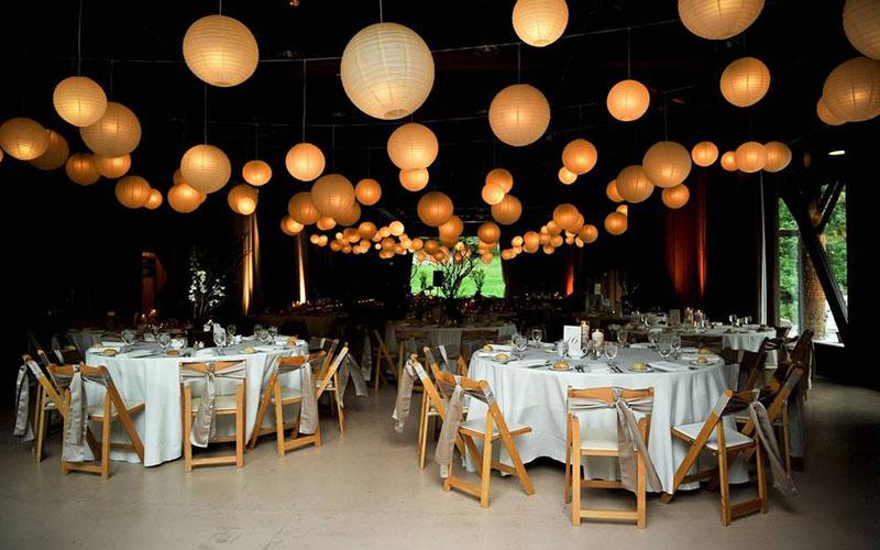 lanterns in Wedding reception