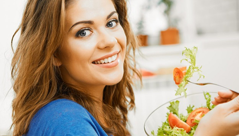 Look glamorous without losing the glow with our perfect bridal diet chart and nutrition guide