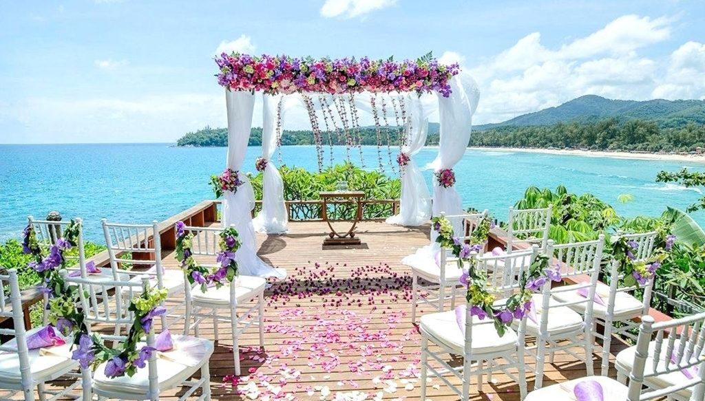 Creative & trending ideas for outdoor wedding venues