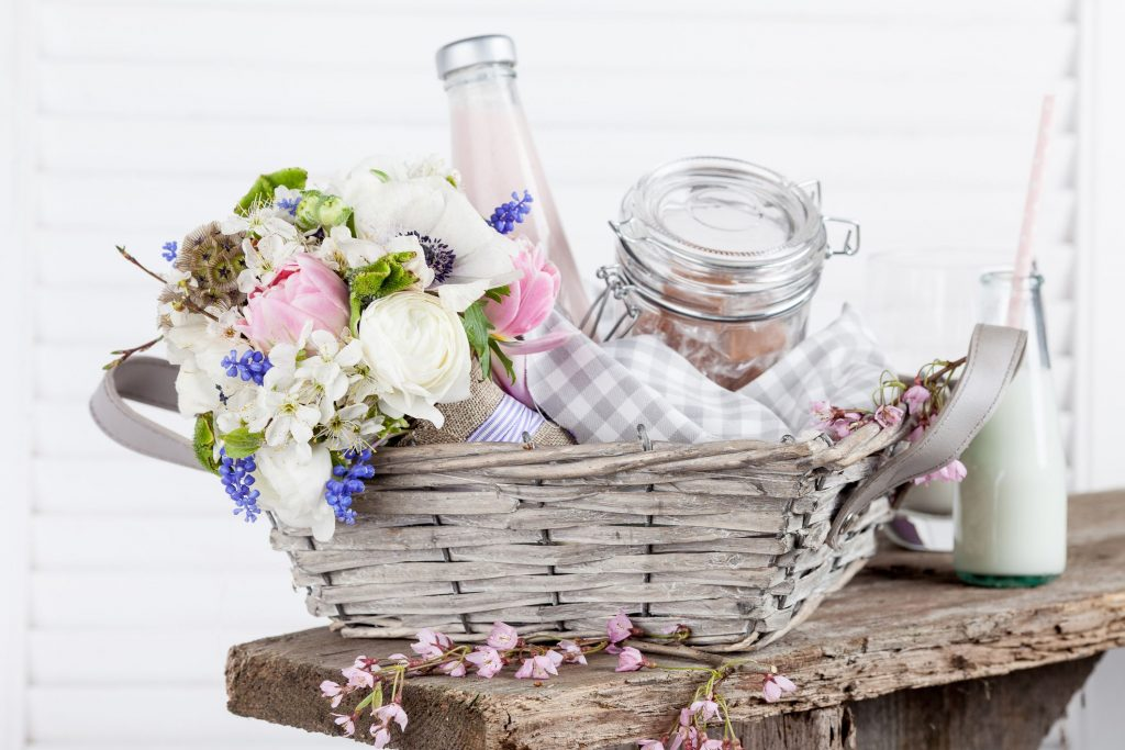 Welcome your Guests with Favors