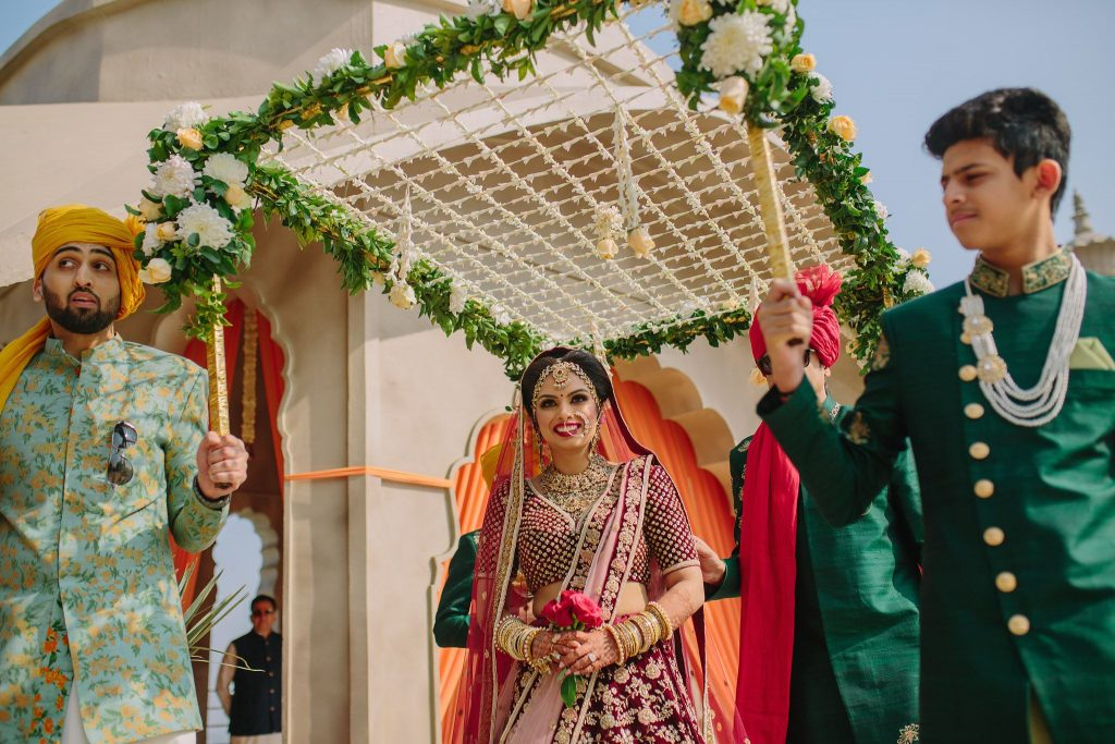 Make a beautiful entry under Phoolon ki Chadar