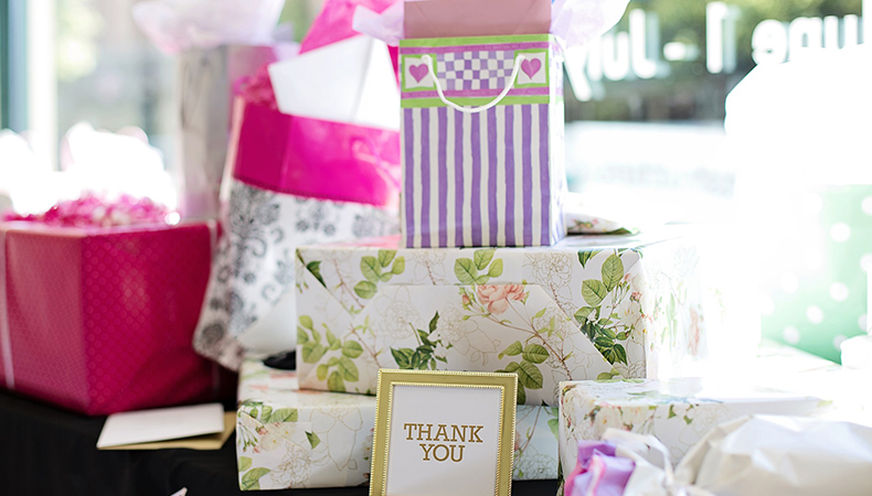 Register for the Wedding gifts that you want. How?