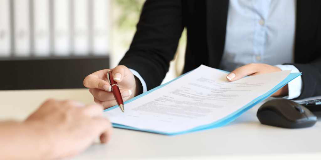 Avoid not reading the contracts before signing on the dotted lines