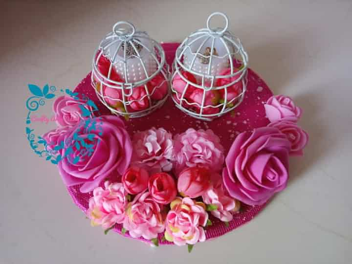Pink tray with cages