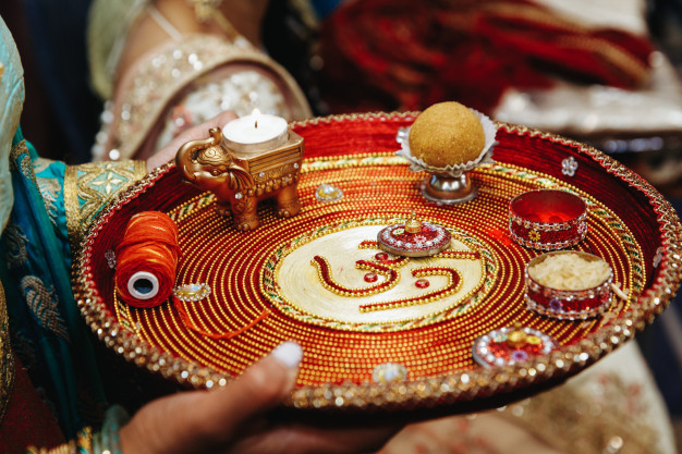 Traditional wedding tray