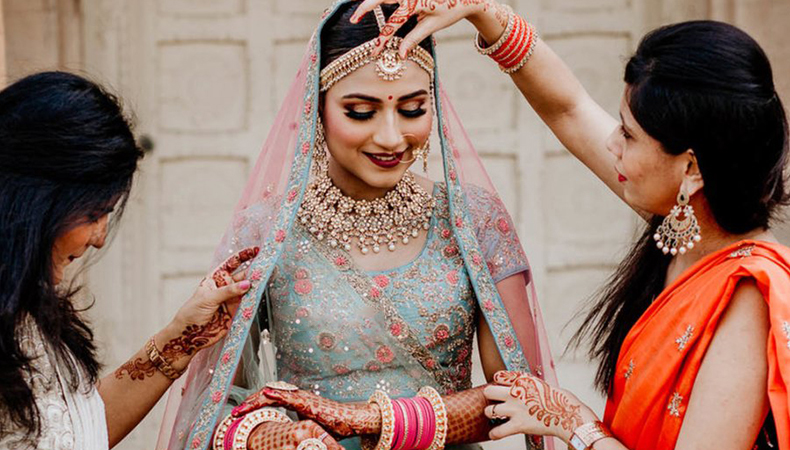 Do's & Don'ts for brides to follow on their wedding day