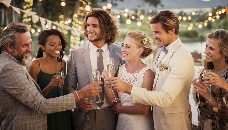 Wedding tips for guests