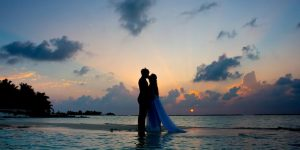 14 Pros and Cons of a Destination Wedding