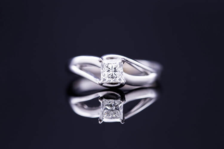 Pointer Princess Cut Solitaire Platinum Engagement Ring