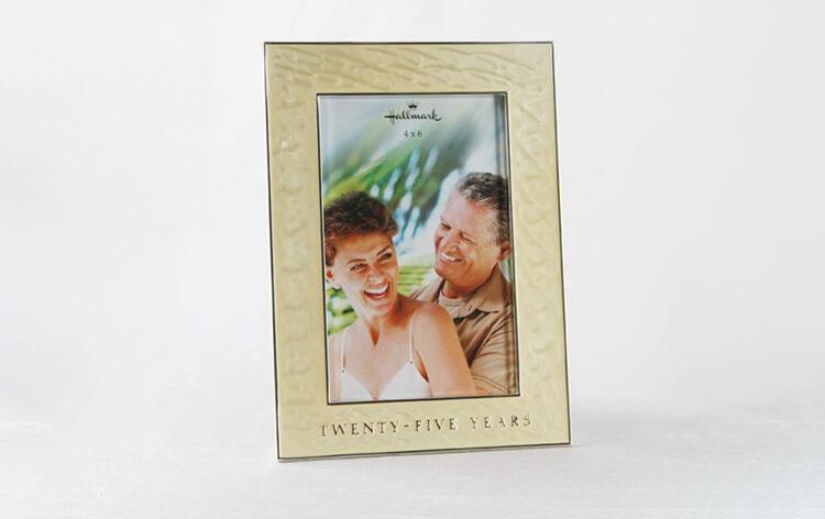Ivy Lane Design Hallmark 40th Anniversary Frame