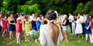 How to Uninvite Wedding Guests Due to COVID?