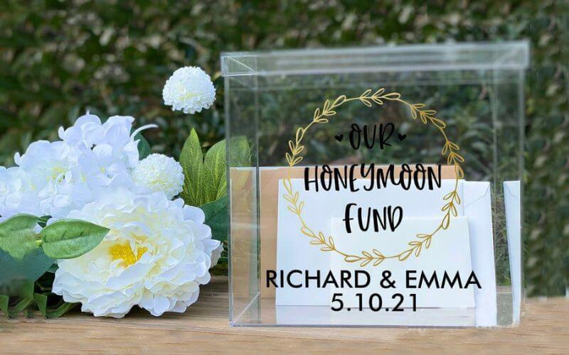 How to set up a Honeymoon Fund Box