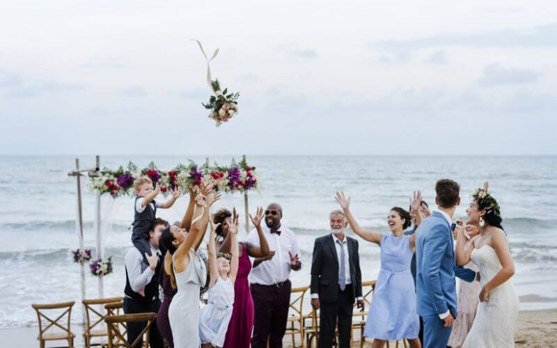Simple wedding ceremony on beach