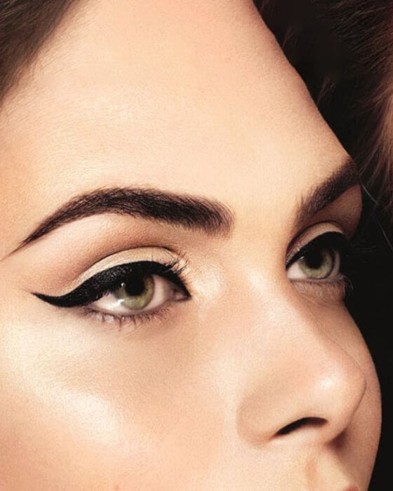 Sultry Look with Winged Liner