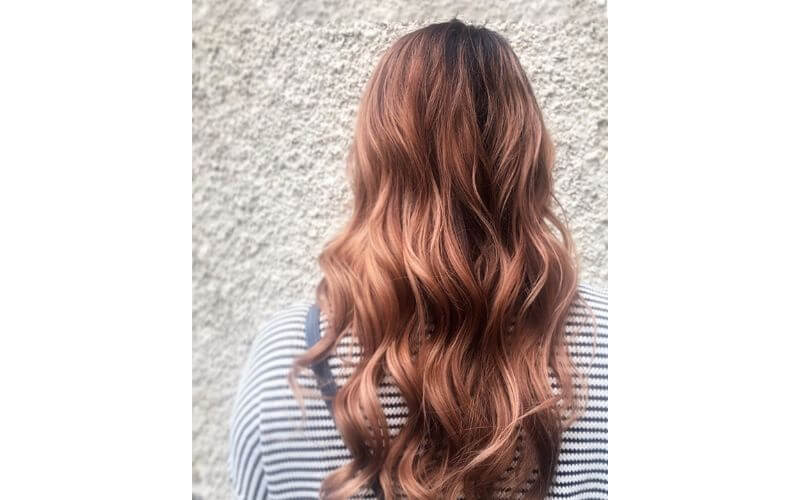 Beachy Waves Hairstyle