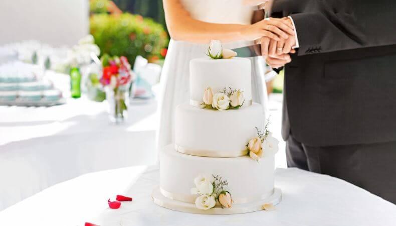 Best Wedding Cake Alternative Ideas For The Couple
