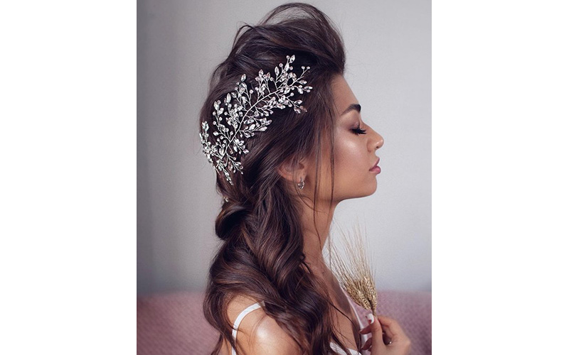 Statement Hair Accessory Hairstyles