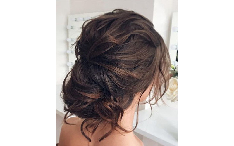 Wild and Stylish Bridal hairstyle ideas for Wedding