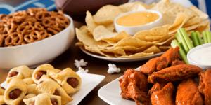 30 Midnight Snack Ideas for Weddings