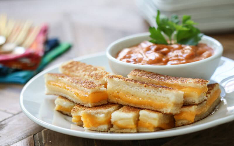 Grilled Cheese Bites Wedding Snack