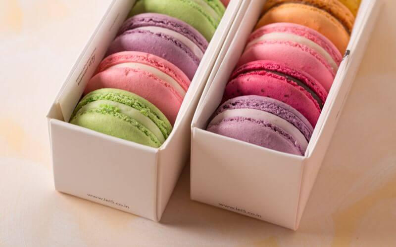 Macarons Wedding Snack Ideas