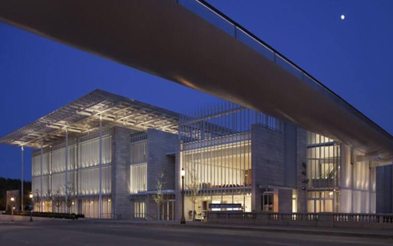 Modern Wing Art Institute, Chicago Wedding Venue