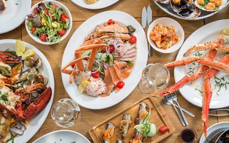 Seafood Bar - Wedding Food Ideas
