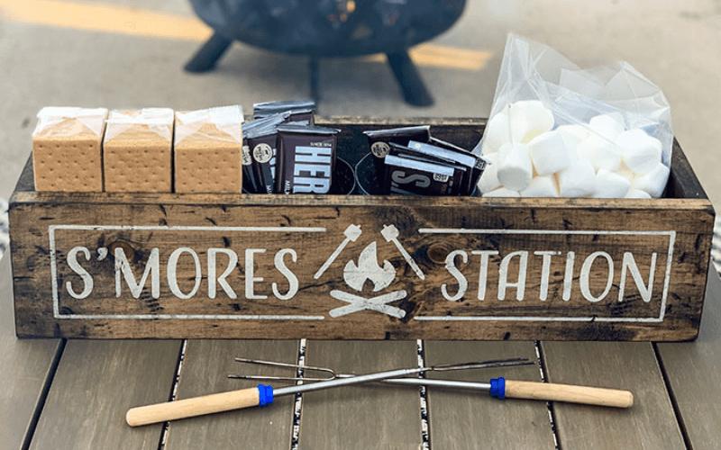 S'mores Bar Wedding Food Station Ideas