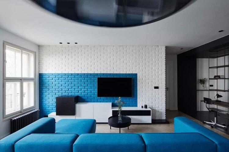 Blue-inspired seating arrangement