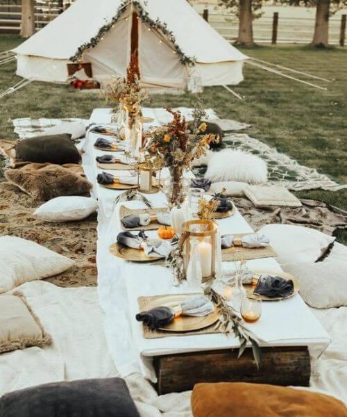Chic style floor seating | Bohemian wedding