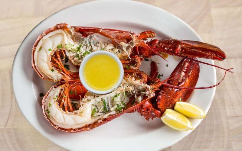 Seafood bar - Wedding Food Menu Ideas