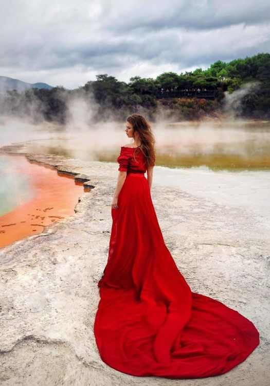 Beautiful Red Long Tail Gown