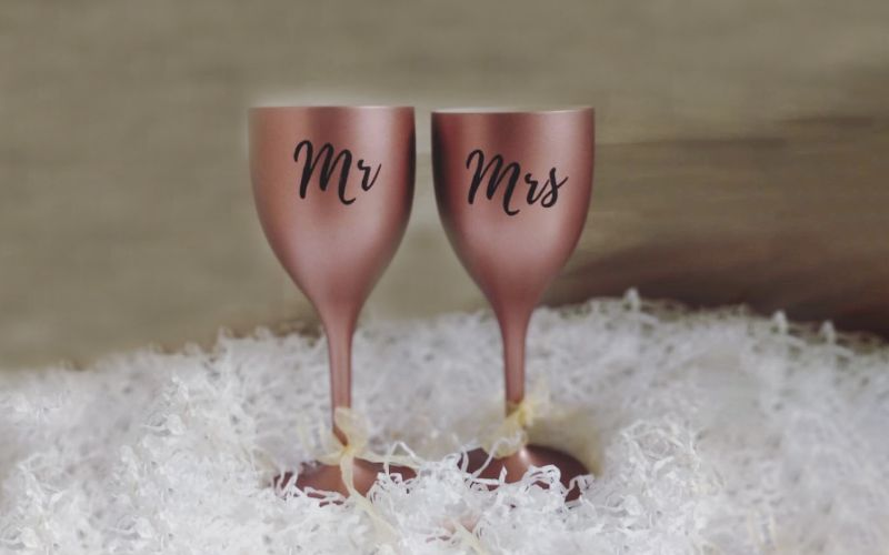 Mr. and Mrs. Eco-Friendly Glass Set Gift Ideas