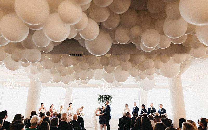 Beautiful balloon decor for the wedding reception
