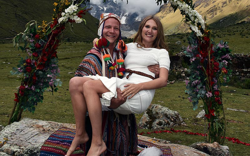 Peruvian Wedding Attire