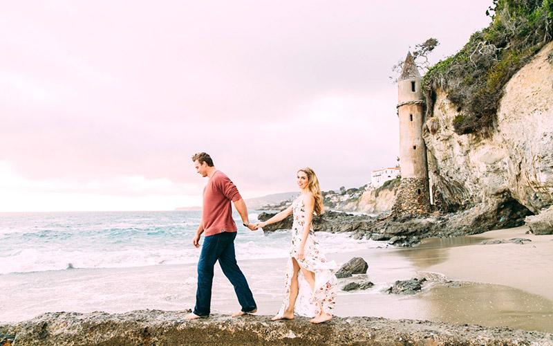 Victoria Beach - Engagement Photo
